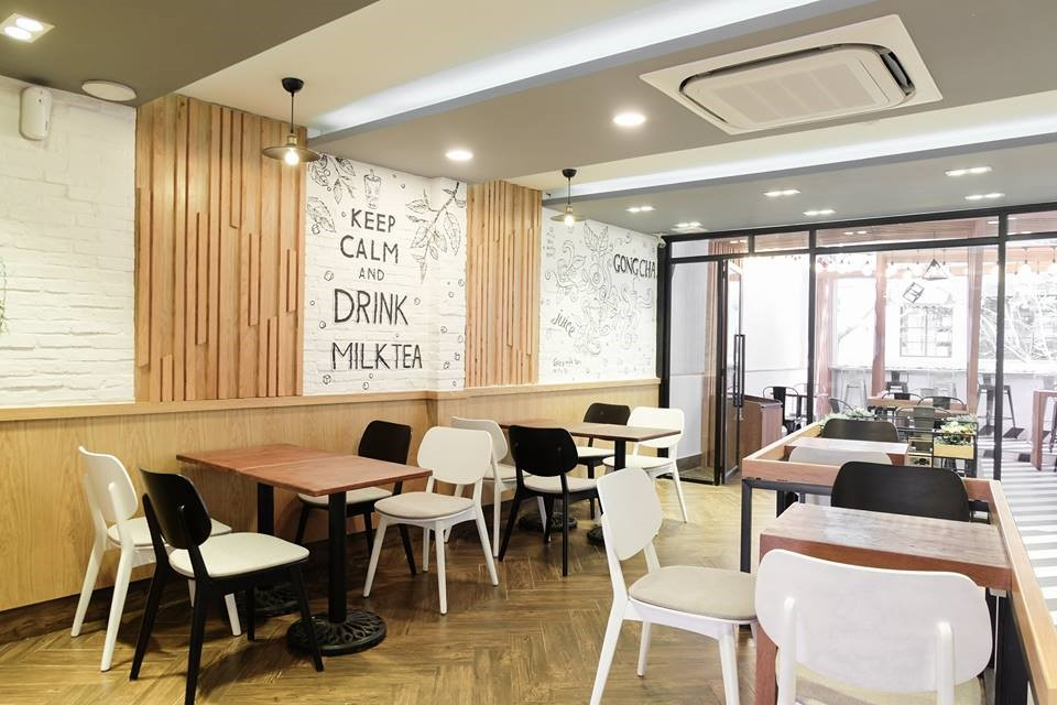 Tận dụng ánh sáng tự nhiên trong thiết kế quán trà sữa